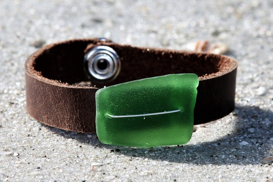 Kelly Green Sea Glass and leather Snap Cuff BRACELET - 7.25""