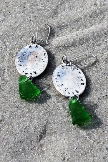 Kelly Green Sea Glass Chips and Disc