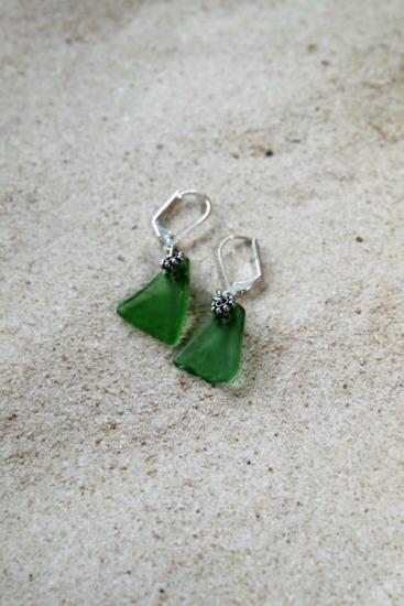 green seaglass chips on silver leverback earrings