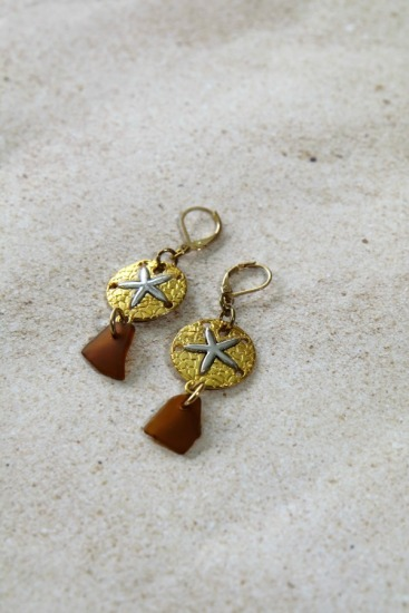 amber seaglass chips, gold-silver sanddollar on gold-filled leverback earwires