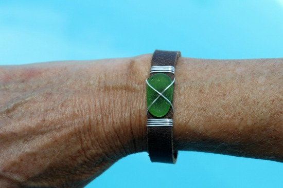 Leather snap cuff with kelly green seaglass BRACELET, silver wire-wrapped - 7""