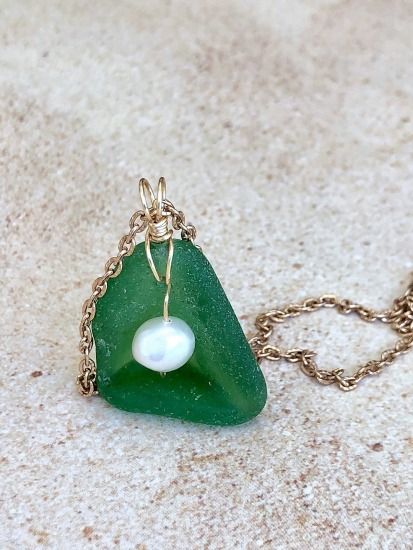 Kelly Green seaglass with freshwater pearl pendant NECKLACE, wire-wrapped in GF wire, GF link chain