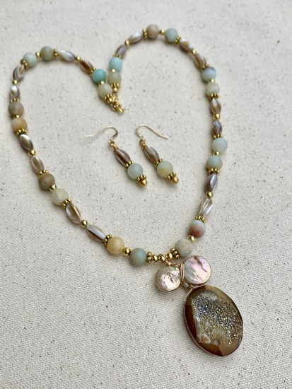 "Mother-of-Pearl and Amazonite beaded strand NECKLACE (18"") with prehenite druzy and coin pearl pendant, matching drop earrings on gold filled fishhook earwires"