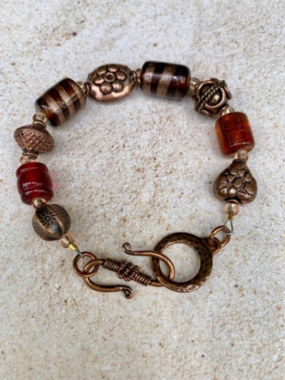 Gold foil glass bead and copper BRACELET, copper toggle clasp - 7""